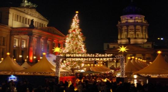 Weihnachtsmarkt am Gendarmenmarkt flickr (c) Jule Berlin